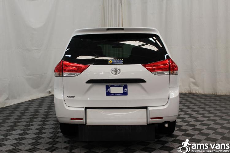 2013 Toyota Sienna L Wheelchair Van For Sale #11