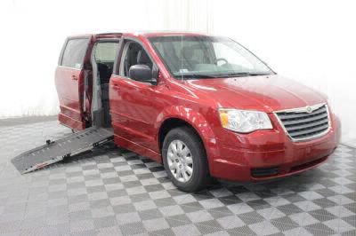 Used Wheelchair Van for Sale - 2009 Chrysler Town & Country LX Wheelchair Accessible Van VIN: 2A8HR44E89R570264