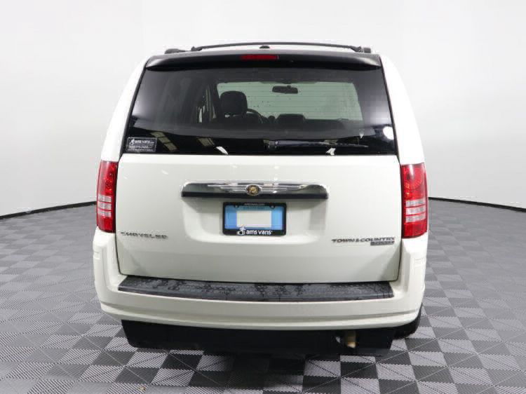 2010 Chrysler Town and Country Touring Wheelchair Van For Sale #25