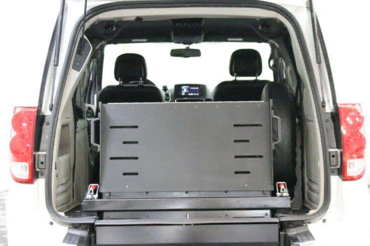 2017 Dodge Grand Caravan SXT Wheelchair Van For Sale #8