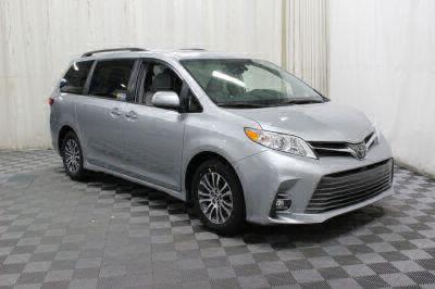 Commercial Wheelchair Vans for Sale - 2019 Toyota Sienna XLE ADA Compliant Vehicle VIN: 5TDYZ3DC9KS984747