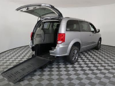 Used Wheelchair Van for Sale - 2017 Dodge Grand Caravan SXT Wheelchair Accessible Van VIN: 2C4RDGCG3HR574140