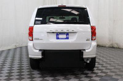 2017 Dodge Grand Caravan Wheelchair Van For Sale -- Thumb #16