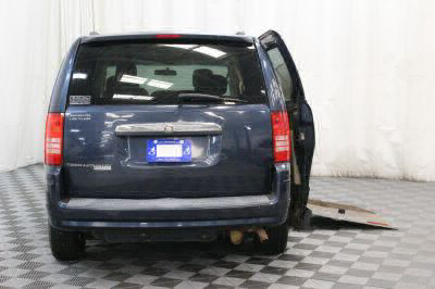 2008 Chrysler Town and Country Wheelchair Van For Sale -- Thumb #5