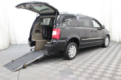 Commercial Wheelchair Vans for Sale - 2014 Chrysler Town & Country Touring ADA Compliant Vehicle VIN: 2C4RC1BG1ER208111
