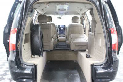 2014 Chrysler Town and Country Wheelchair Van For Sale -- Thumb #5