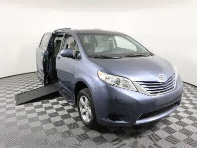 Commercial Wheelchair Vans for Sale - 2017 Toyota Sienna LE ADA Compliant Vehicle VIN: 5TDKZ3DC4HS805495
