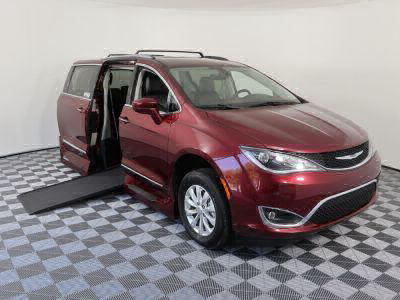 Used Wheelchair Van for Sale - 2018 Chrysler Pacifica Touring L Wheelchair Accessible Van VIN: 2C4RC1BG0JR120077