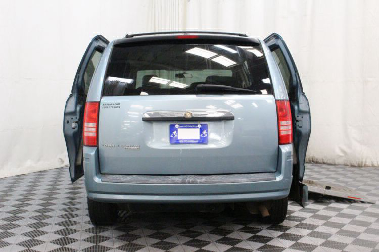 2008 Chrysler Town and Country Touring Wheelchair Van For Sale #4