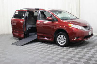 Commercial Wheelchair Vans for Sale - 2017 Toyota Sienna XLE ADA Compliant Vehicle VIN: 5TDYZ3DCXHS812316