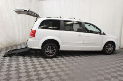 Commercial Wheelchair Vans for Sale - 2017 Dodge Grand Caravan SXT ADA Compliant Vehicle VIN: 2C4RDGCG8HR858315