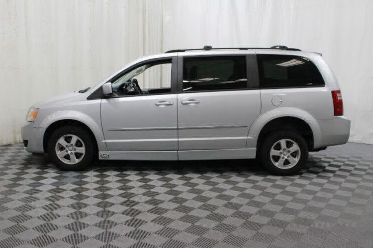 2010 Dodge Grand Caravan SXT Wheelchair Van For Sale #17