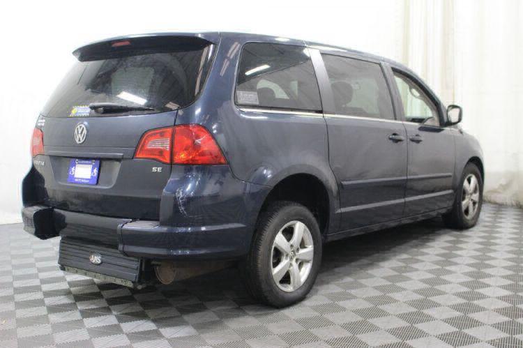 2009 Volkswagen Routan SE Wheelchair Van For Sale #4