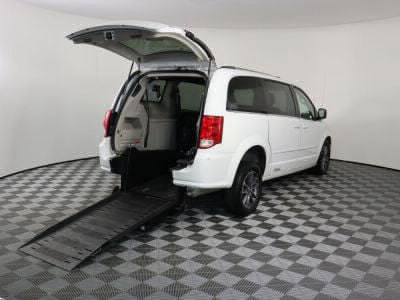 Commercial Wheelchair Vans for Sale - 2017 Dodge Grand Caravan SXT ADA Compliant Vehicle VIN: 2C4RDGCG3HR629797