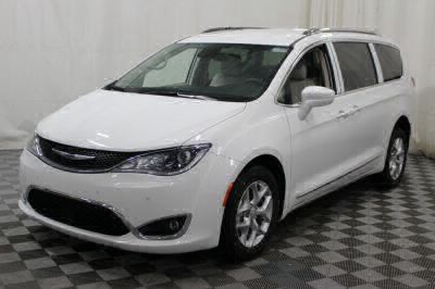 2017 Chrysler Pacifica Wheelchair Van For Sale -- Thumb #33