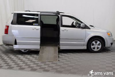 2010 Dodge Grand Caravan Wheelchair Van For Sale -- Thumb #2