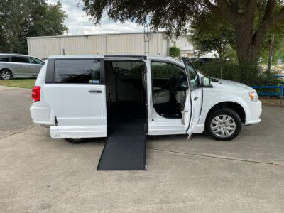 Used Wheelchair Van for Sale - 2019 Dodge Grand Caravan SE Wheelchair Accessible Van VIN: 2C7WDGBG5KR784446