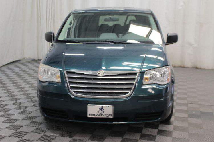 2009 Chrysler Town and Country LX Wheelchair Van For Sale #31