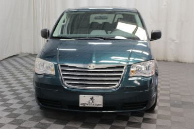 2009 Chrysler Town and Country Wheelchair Van For Sale -- Thumb #31