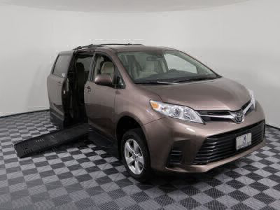 New Wheelchair Van for Sale - 2018 Toyota Sienna LE Wheelchair Accessible Van VIN: 5TDKZ3DCXJS922990
