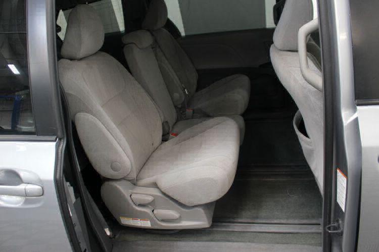 2015 Toyota Sienna LE Wheelchair Van For Sale #6