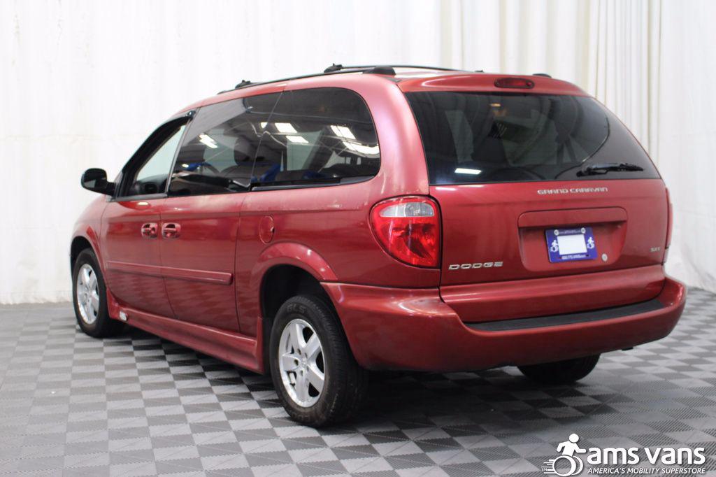 2005 Dodge Grand Caravan SXT Wheelchair Van For Sale #5