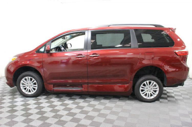 2016 Toyota Sienna XLE Wheelchair Van For Sale #15