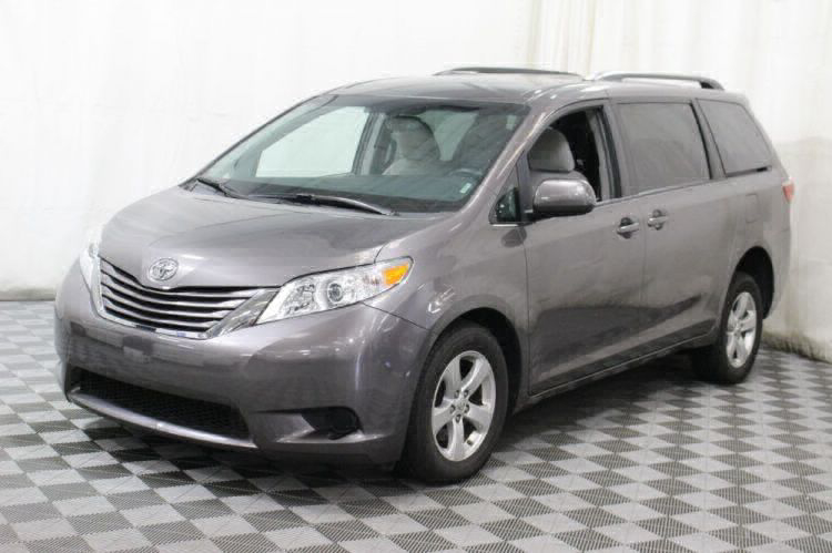 2017 Toyota Sienna LE Wheelchair Van For Sale #13