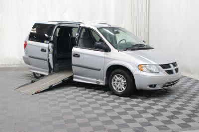 Used Wheelchair Van for Sale - 2007 Dodge Grand Caravan SE Wheelchair Accessible Van VIN: 1D4GP24R87B131533