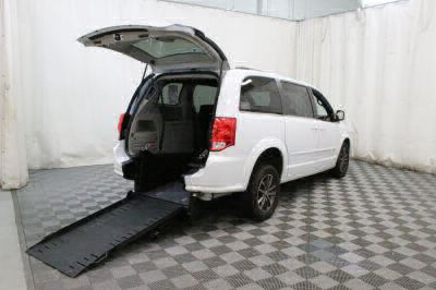 Commercial Wheelchair Vans for Sale - 2017 Dodge Grand Caravan SXT ADA Compliant Vehicle VIN: 2C4RDGCG9HR814789