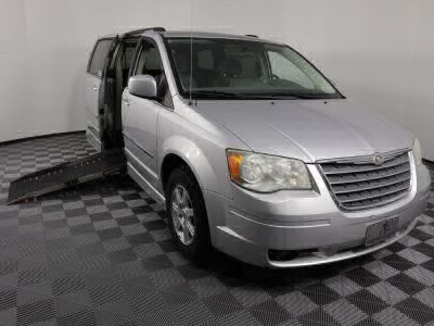 Used Wheelchair Van for Sale - 2010 Chrysler Town & Country Touring Wheelchair Accessible Van VIN: 2A4RR5D16AR492239