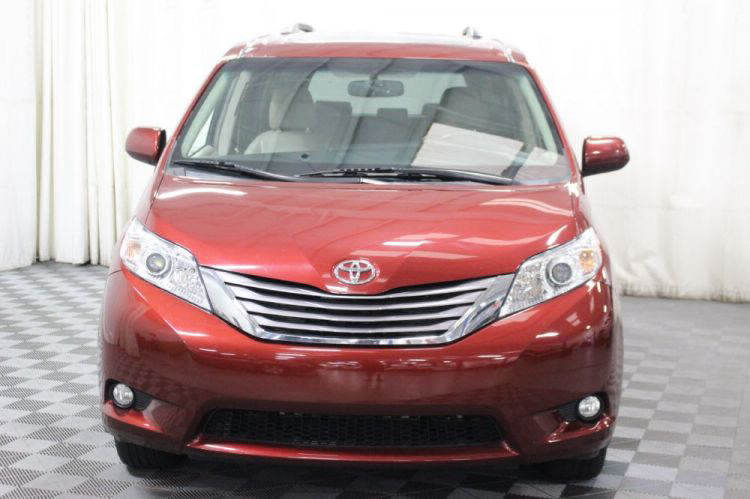 2016 Toyota Sienna XLE Wheelchair Van For Sale #17