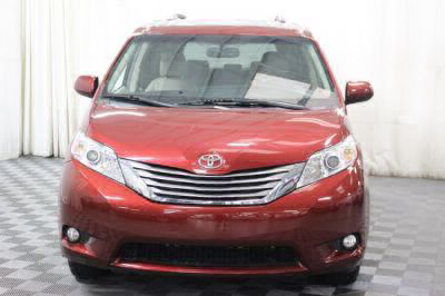 2016 Toyota Sienna Wheelchair Van For Sale -- Thumb #17