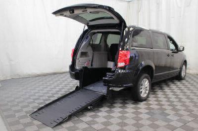 Commercial Wheelchair Vans for Sale - 2019 Dodge Grand Caravan SXT ADA Compliant Vehicle VIN: 2C4RDGCG2KR512347