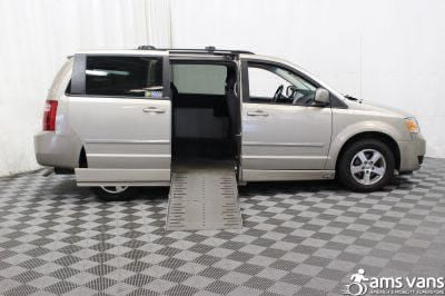 Used 2008 Dodge Grand Caravan SXT Wheelchair Van