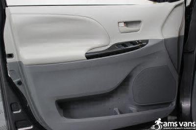 2011 Toyota Sienna Wheelchair Van For Sale -- Thumb #17
