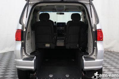 2009 Volkswagen Routan Wheelchair Van For Sale -- Thumb #3