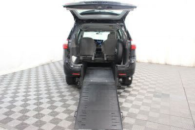 2016 Toyota Sienna Wheelchair Van For Sale -- Thumb #4