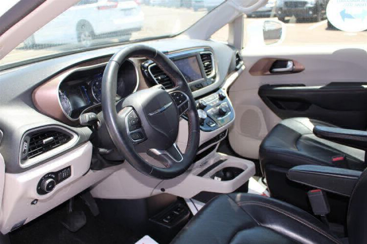2018 Chrysler Pacifica Touring L Wheelchair Van For Sale #11