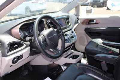2018 Chrysler Pacifica Wheelchair Van For Sale -- Thumb #11