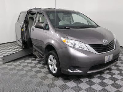 Used Wheelchair Van for Sale - 2013 Toyota Sienna LE 8-Passenger Wheelchair Accessible Van VIN: 5TDKK3DC4DS355524