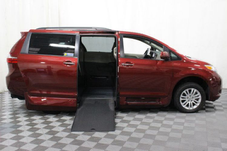 2016 Toyota Sienna XLE Wheelchair Van For Sale #2