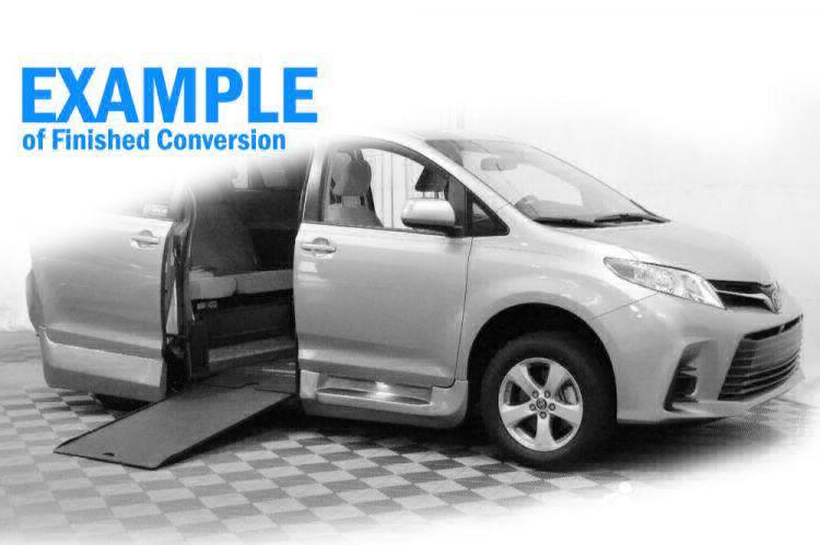 2019 Toyota Sienna XLE Wheelchair Van For Sale #9