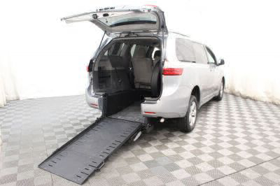Commercial Wheelchair Vans for Sale - 2015 Toyota Sienna LE ADA Compliant Vehicle VIN: 5TDKK3DC5FS657861