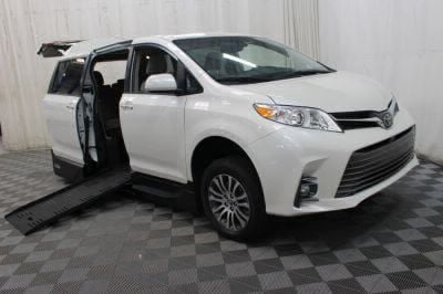 New Wheelchair Van for Sale - 2019 Toyota Sienna XLE Wheelchair Accessible Van VIN: 5TDYZ3DC8KS003517