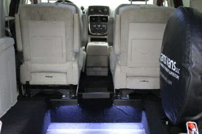 2014 Dodge Grand Caravan Wheelchair Van For Sale -- Thumb #5