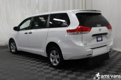 2013 Toyota Sienna Wheelchair Van For Sale -- Thumb #12