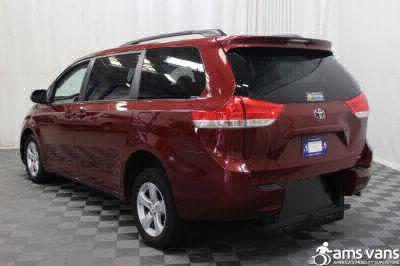 2013 Toyota Sienna Wheelchair Van For Sale -- Thumb #11