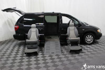 2004 Chrysler Town and Country Wheelchair Van For Sale -- Thumb #13