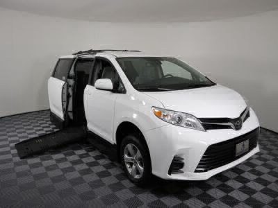 New Wheelchair Van for Sale - 2018 Toyota Sienna LE Wheelchair Accessible Van VIN: 5TDKZ3DC6JS925479